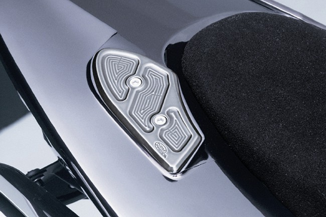 Kit handle holes cover